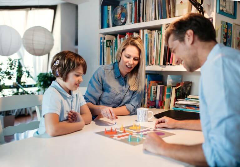 семейни-забавления-вкъщи