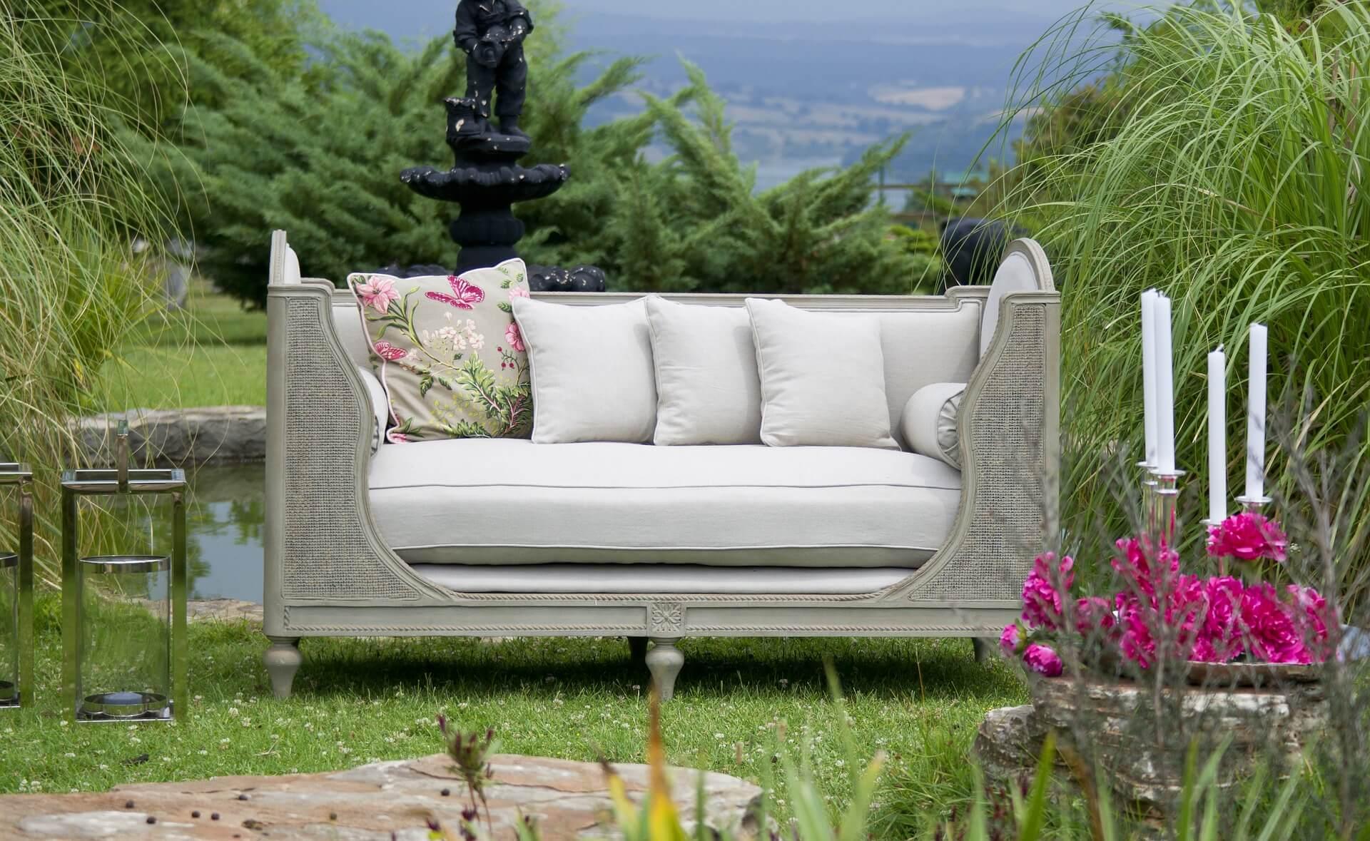 Пет полезни съвета за декориране на градината