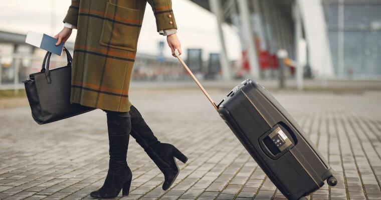 Каква е модата при дамските ботуши за сезон есен 2020 година?