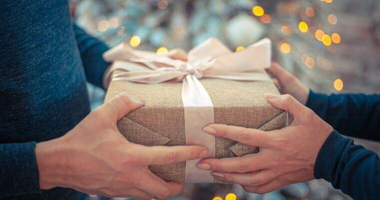 Идеи за оригинални подаръци за жени